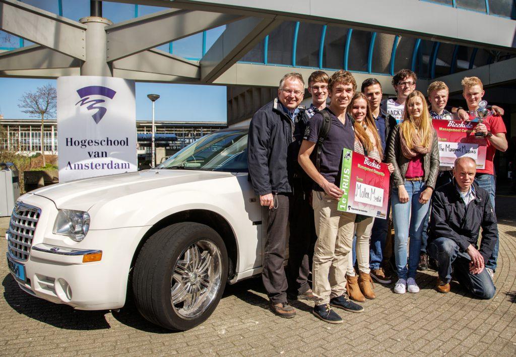 1eprijswinnaars-Bizzkidz-2013-Limousine